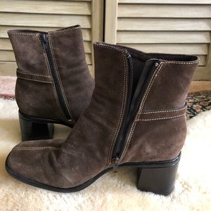 Clarks suede leather booties size 9